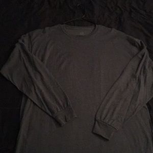 Men's XL fruit of the loom long sleeve shirt.